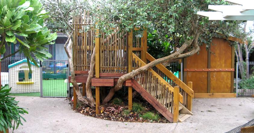 tropical-playground-home-11